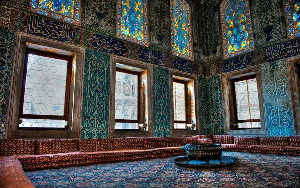 Room Inside The Topkapi Palace In Istanbul
