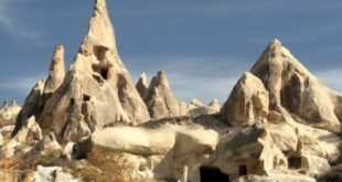 Rock Sites of Cappadocia5 Turkey 660x330